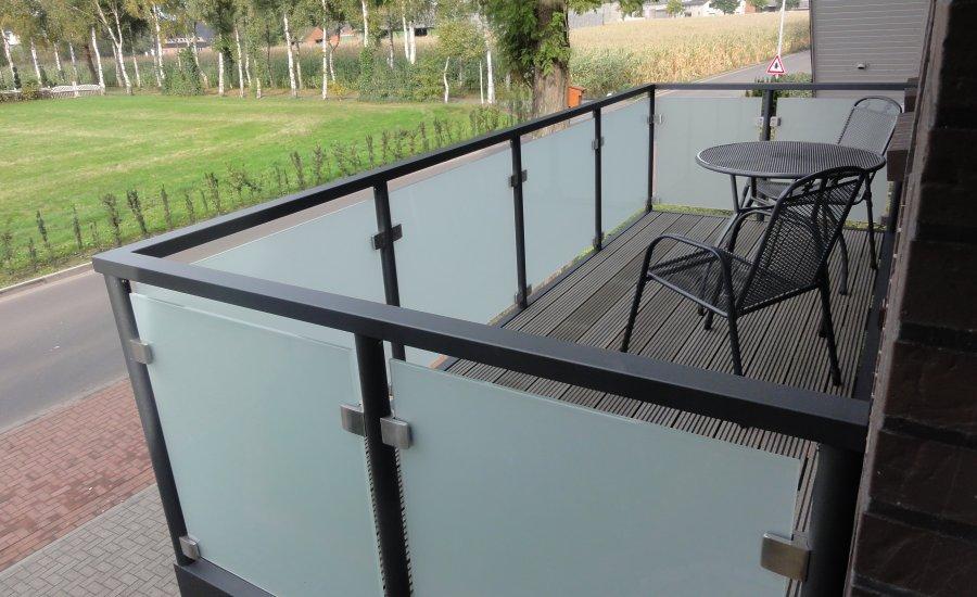Balkonbelag wpc simple beautiful fliesen terrasse verlegen wpc fliesen verlegen wpc fliesen - Balkon fliesen gunstig ...