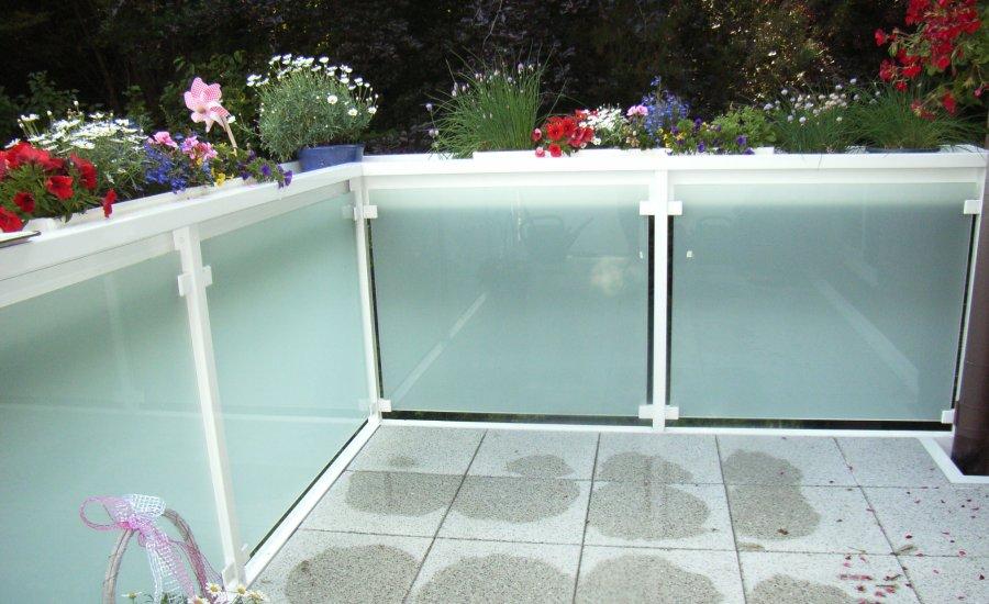 balkon tapken alu bau gmbh co kg. Black Bedroom Furniture Sets. Home Design Ideas