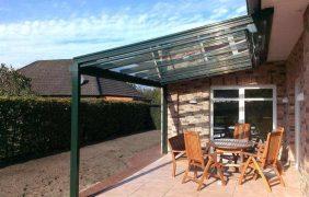 Terrassenüberdachungen grünes Profil ohne Seitenelemente
